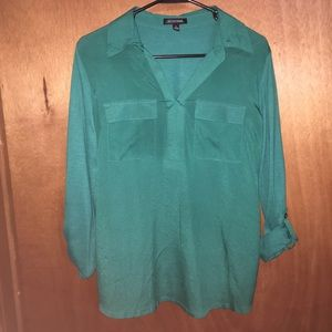 Collared long sleeves top